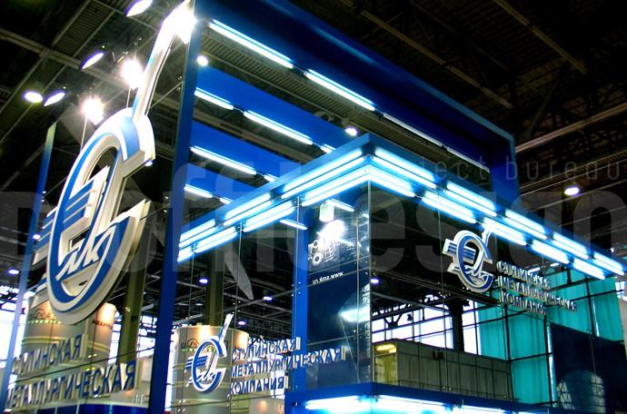 Дизайн и застройка выставочного стенда компании «СМК» - фото