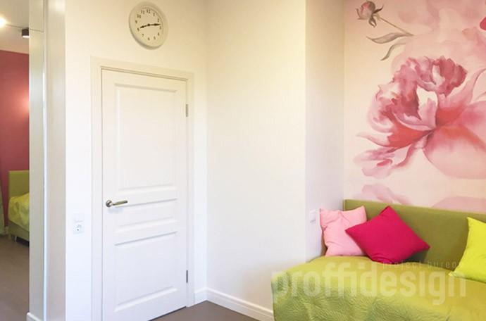 Декор стены в комнате девочки-подростка