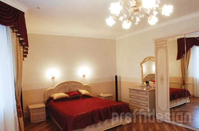 Фото дизайн интерьера спальни в загородном доме