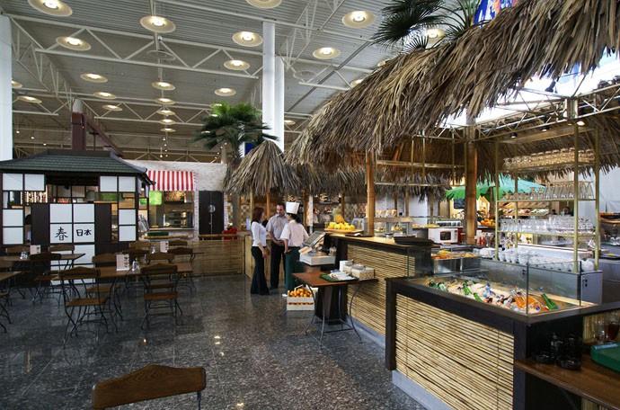Дизайн ресторанного дворика, фуд-корта, фото