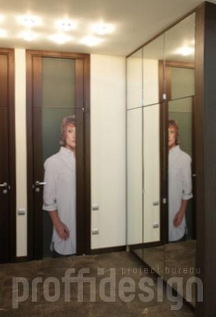 встроенный шкаф с зеркальными дверцами на петлях заказать в москве