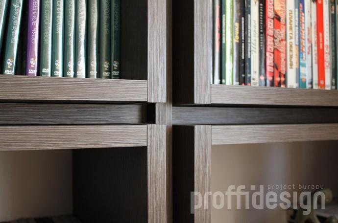 стыковка модулей стеллажей для книг из тёмного ЛДСП